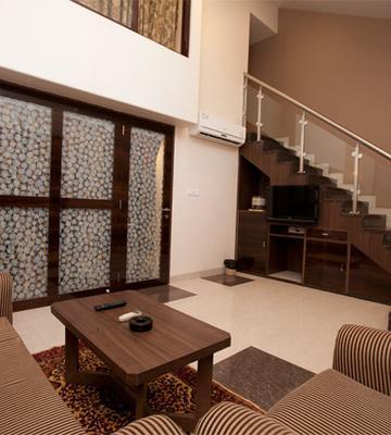 Hotel Usha Ascot