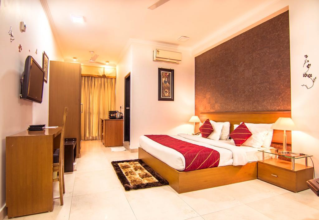 Asian Suites-584 Iffco Metro in Gurgaon