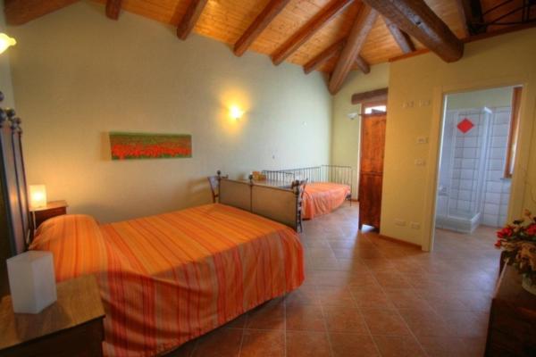 Azienda Agrituristica Alcastlè in Castel Boglione