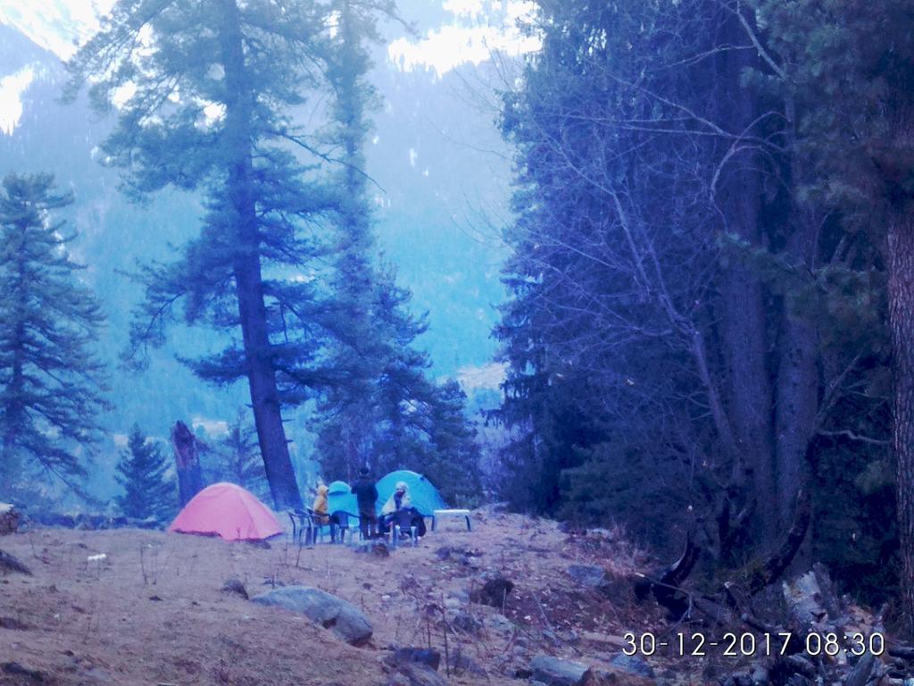 Cafe kutla inn & camping point in Tosh