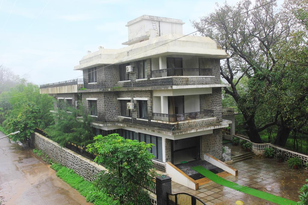 D Castle Resort and Spa in Khandala