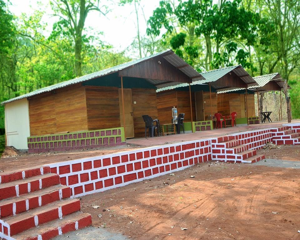 Dandeli Nature Home Stay in Havasbhāvi