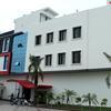 Dh Hotels & Restaurants in Barnala