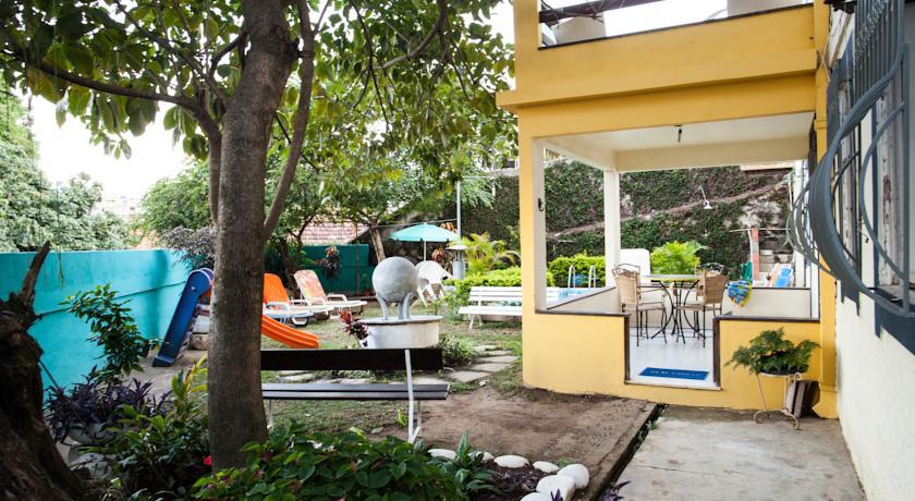 Guest House Casa Amarela in Rio de Janeiro