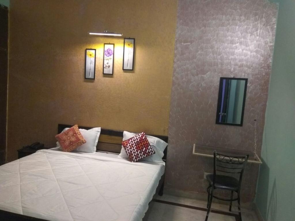 HomeStayIN 2 in Noida