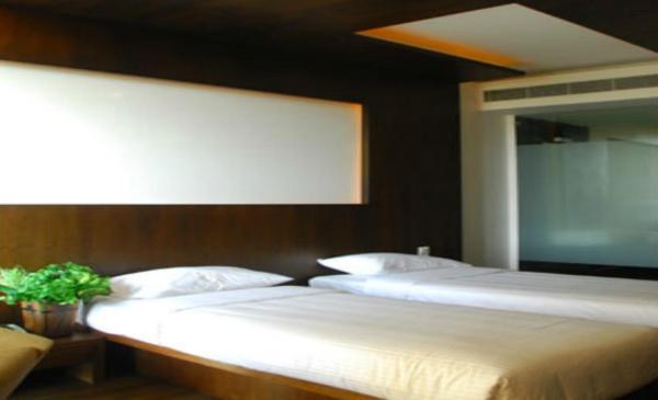 Honey Berg Resort in hyderabad