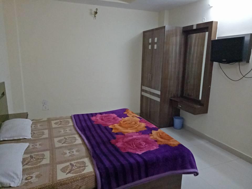 Hotel Asha Ganga in haridwar