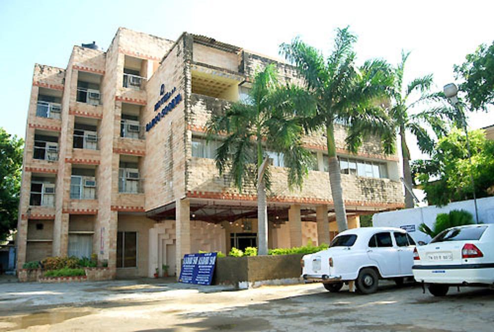 Hotel Baboo Soorya in kanchipuram