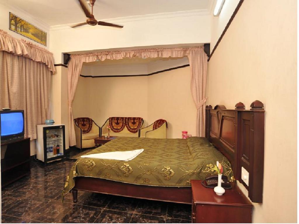 Hotel Blue Nest in thiruvananthapuram