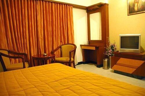 Hotel Chennai Deluxe in chennai