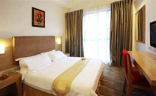 Hotel City Hub By Geostays in jalandhar