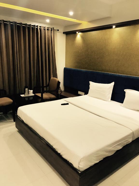 Hotel Comfort in Bharuch
