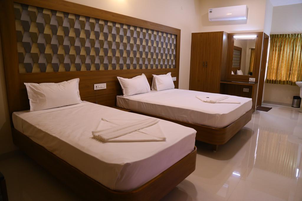 Hotel Gokul Grande in Erode