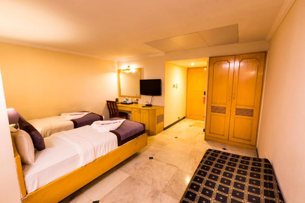 Hotel Grand Residence in chennai