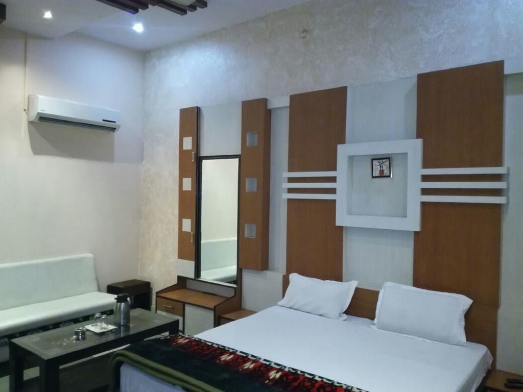 Hotel Hb Inn in Ajmer