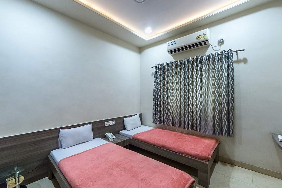 Hotel Heaven in bhusawal