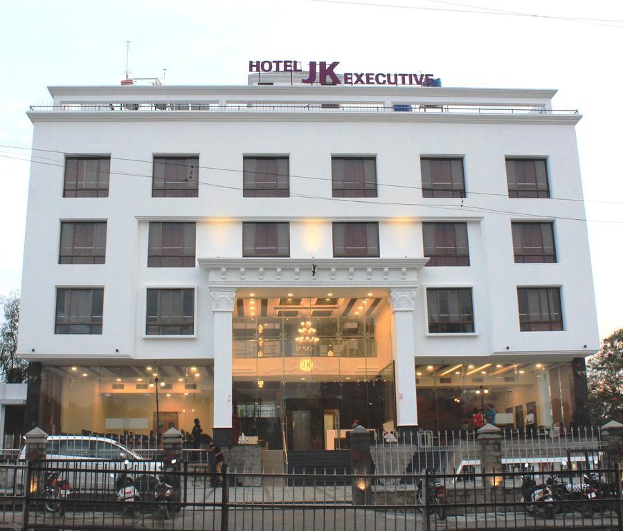 Hotel Jk Executive in Ahmadnagar