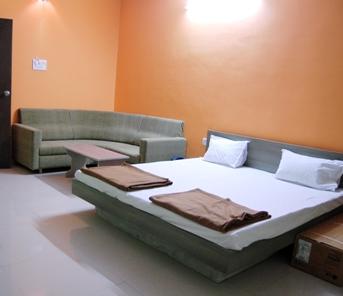 Hotel Manas in khandwa