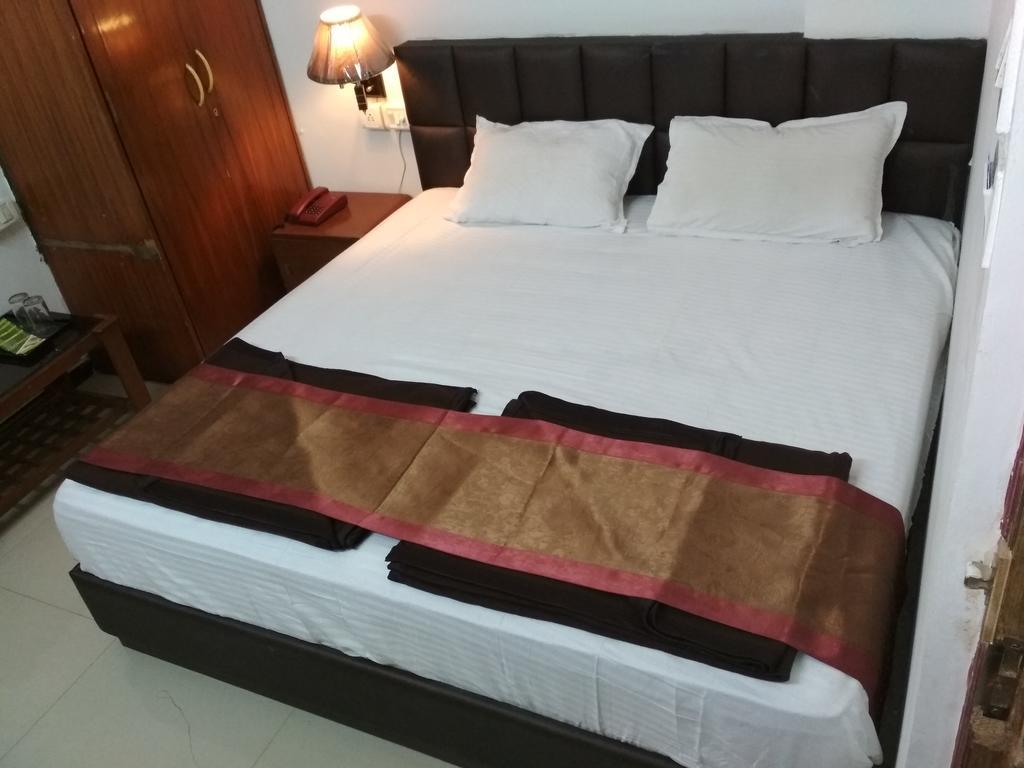 Hotel meher ( lodging & boarding) in Nashik