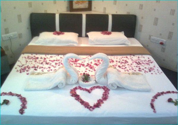 Hotel Oasis in Bhuj