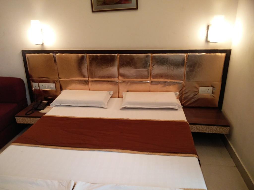 Hotel Orient in Kota