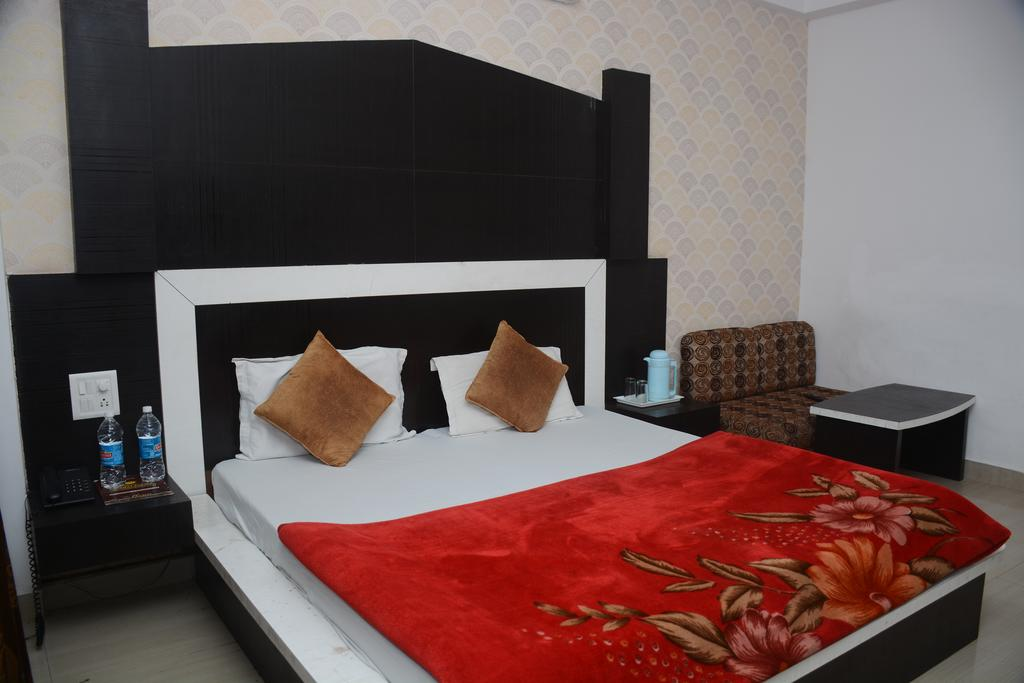 Hotel Parbhat Palace Katra in Katra
