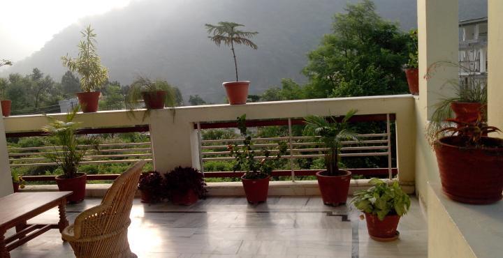 Paryatak Hotel in nainital