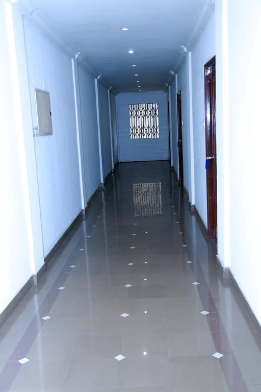 Hotel President in Angamali