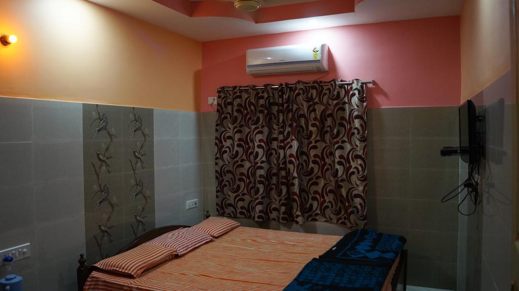 Hotel Pushpak in Digha