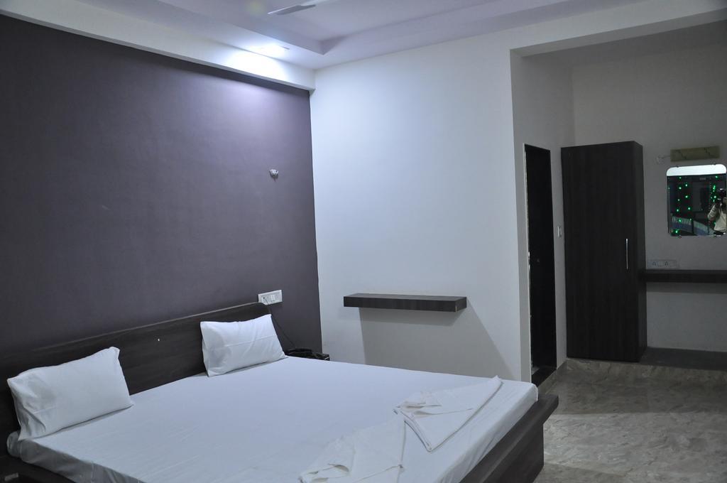 Hotel Royal Palace in Bhuj