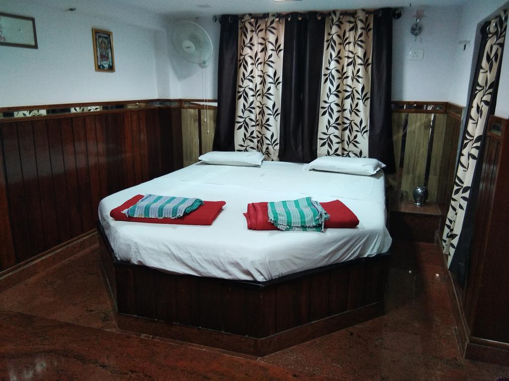 Hotel Sanman Lodge in Shimoga