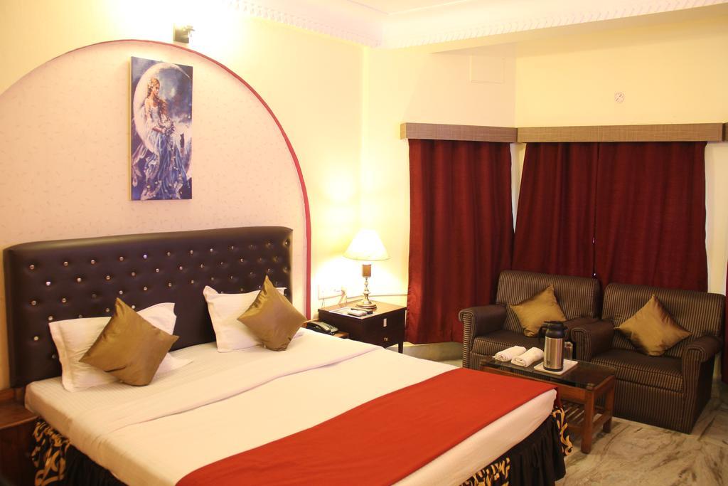 Hotel Sapphire International in Puri