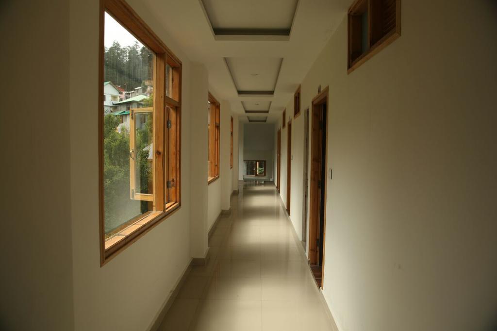 Hotel Saras in Manāli