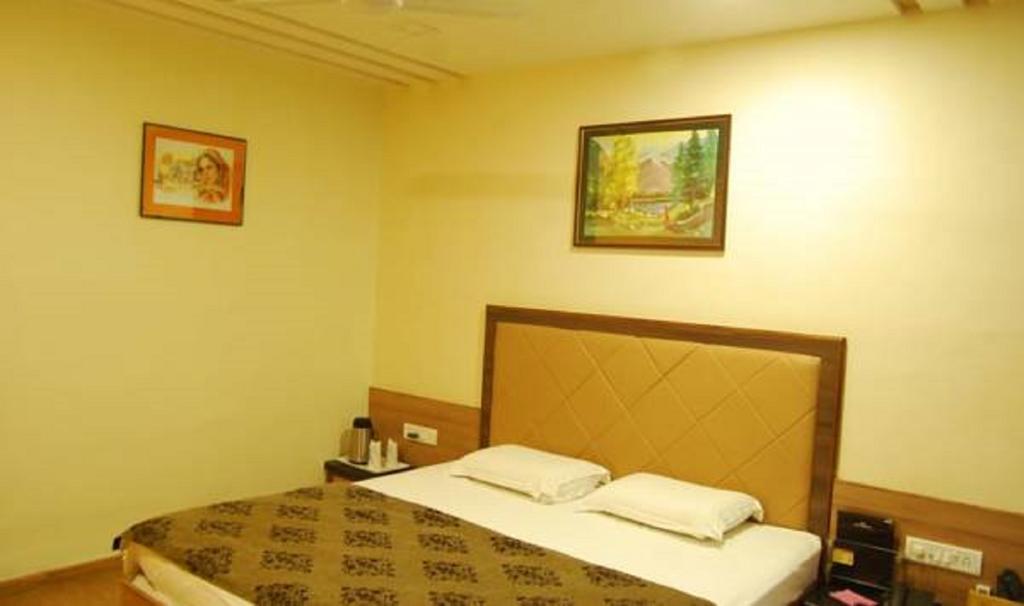 Hotel Savera Palace in Mount Ābu