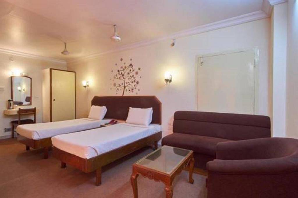 Hotel Sindoori in Guntūr