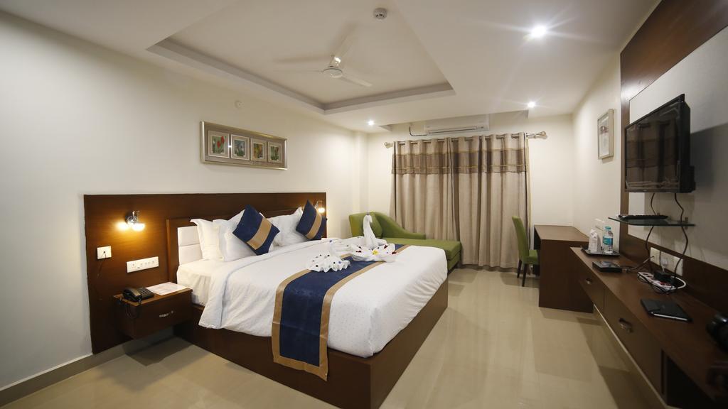 Hotel Suraj Grand in Nandyāl