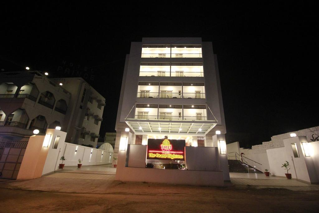 Hotel Tgh - The Grand Highness in Diu