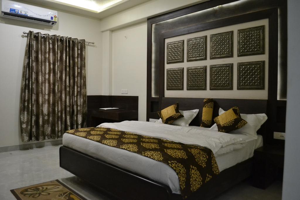 Hotel The Grand Rajwada in Seonī