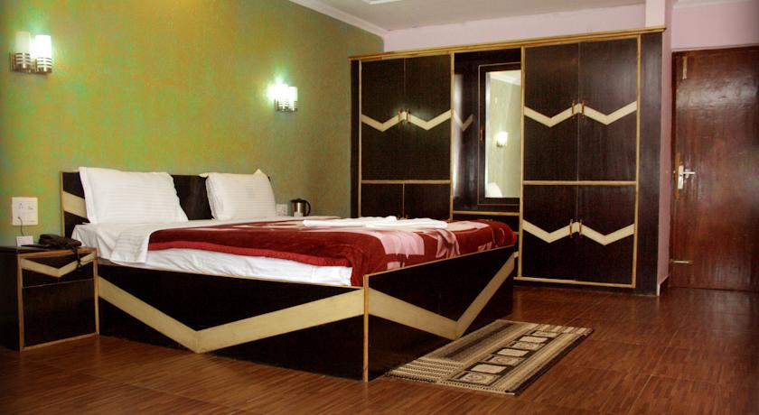Hotel The Woodz in palampur