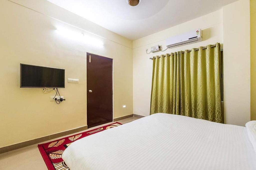 Hotel Vilasi Comforts in Tumkūr