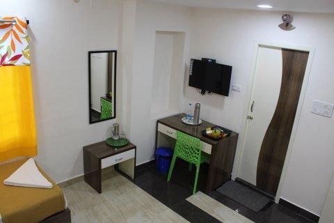 Jassmetro guesthouse chennai in Chennai