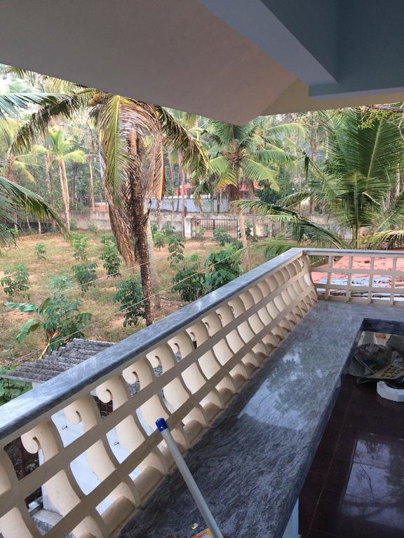 Kall Residence in Kānagāri