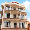 Larica Holiday Inn in puri