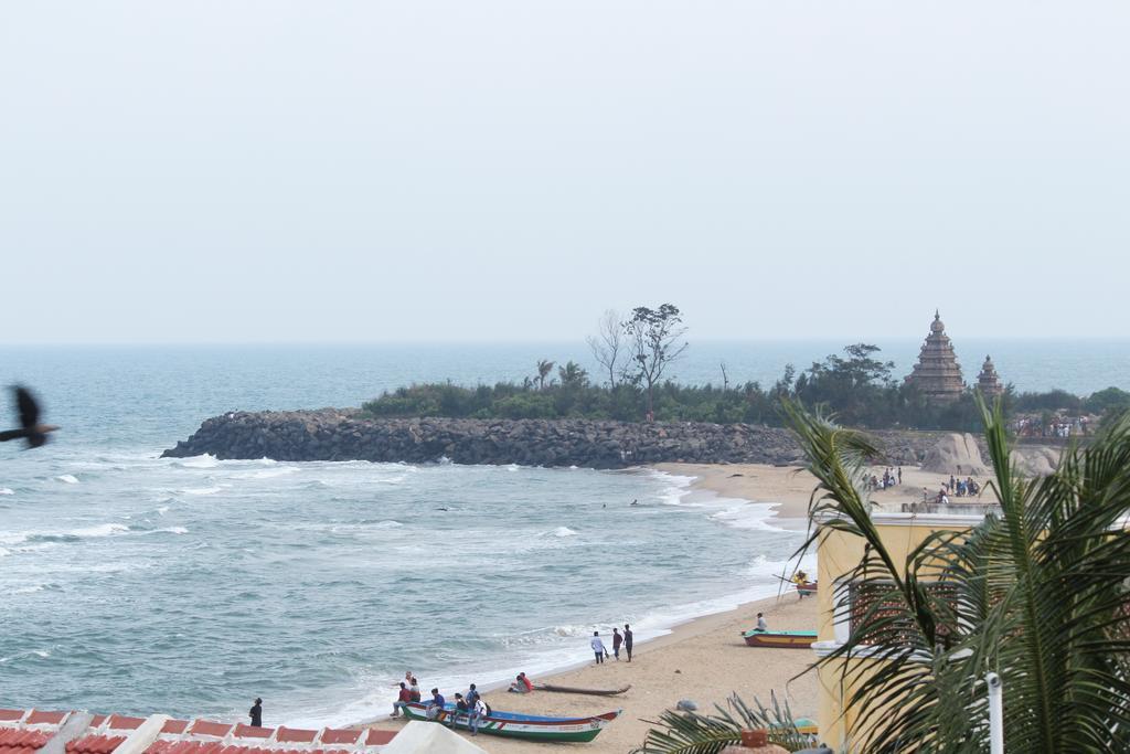 Mahabs Temple Beach in Mahabalipuram