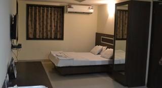 Hotel Pooja Heritage in navi mumbai