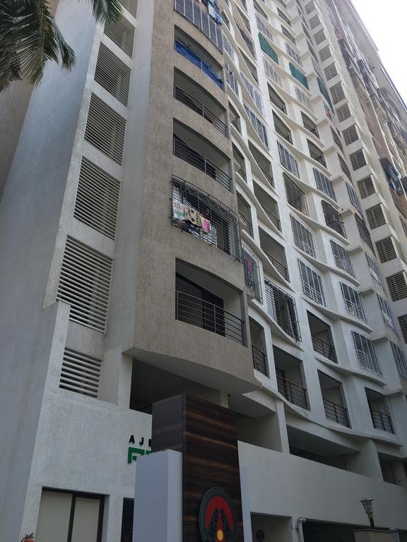 Residential 3-BHK Spacious Apartment in Mumbai