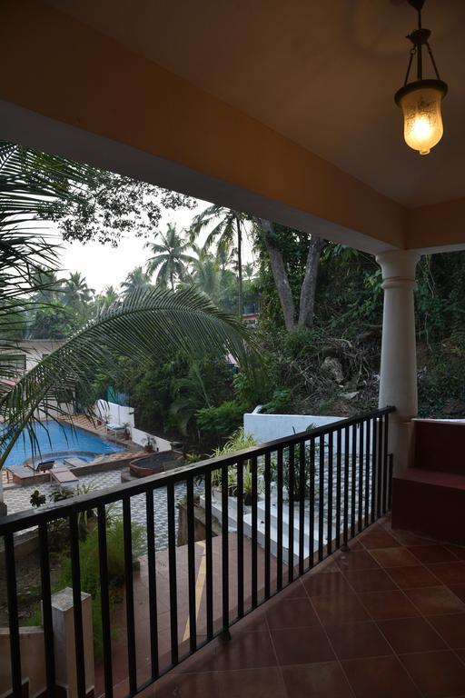 Riverfront 4 BHK Villa in Baga