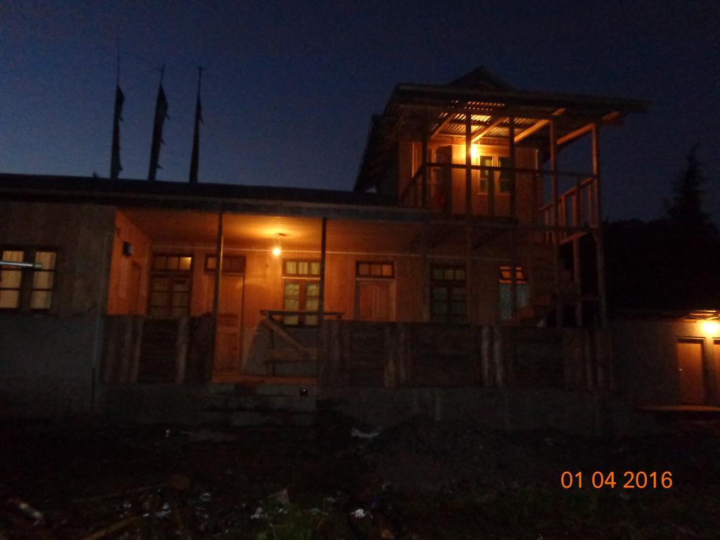 Rumlyang Homestay in Mangan