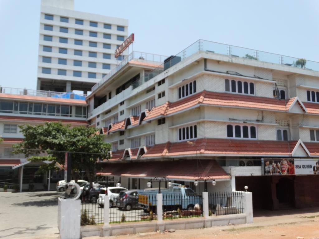 Sea Queen Hotel in Kozhikode