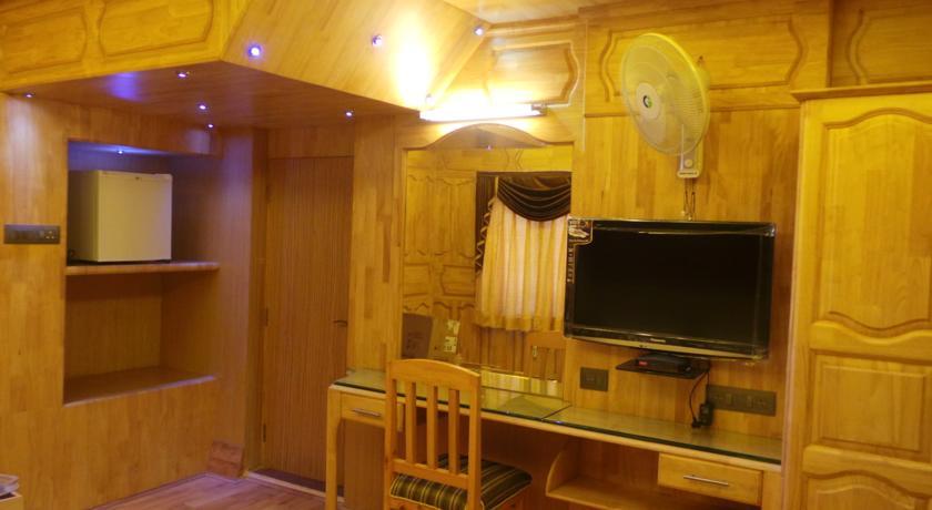 Shamyana Lodge in srinagar